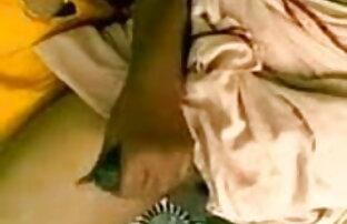 सेक्सी सचिव हावी मुर्गा उसके पैरों के साथ सेक्सी बीपी फिल्म