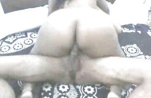 है ए डिल्डो बीपी पिक्चर इंग्लिश सेक्सी गहरी उसकी योनी में
