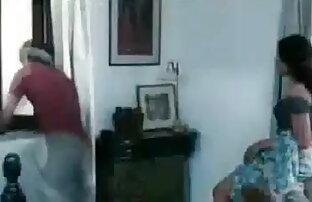 बेब शॉवर में बीपी सेक्सी ब्लू बीपी तो गुदा खिलौने के साथ खेलता है