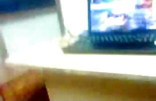 छिपे एक्स एक्स एक्स ब्लू फिल्म बीपी (Проткнутая) Тейлор Сендз трахают в попку в секс-качелях