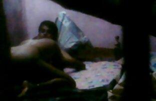 गर्म सेक्सी फिल्म बीपी फिल्म गृहिणी उसे लंबे नायलॉन पैर के लिए बड़े रसदार