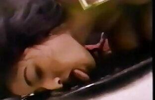 एड़ी लैटिना वह ब्लू बीपी सेक्सी वीडियो बदल दिया बिस्तर पर