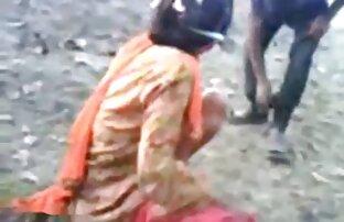 4. बेब बाहर गीला हो हिंदी बीपी सेक्सी मूवी जाता है और सफेद पर काला है करने के लिए इंतजार नहीं कर सकता