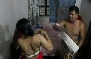 एशियाई कार्यालय अंग्रेजी सेक्सी फिल्म बीपी आकर्षक उसके सहयोगियों द्वारा गड़बड़ हो जाता है