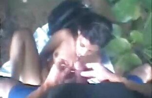 सुंदर गर्म किशोरों ब्लू सेक्सी बीपी मूवी की बेब उंगलियों उसे तंग गधा