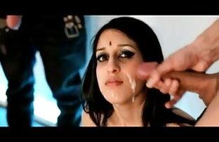 शरारती और युवा ल्यूसी चंद्रमा गंदा बात करती है और सिर्फ उसके बीपी सेक्सी वीडियो फिल्म लिए सह है
