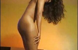 सुंदर स्तन के साथ श्यामला सेक्सी बीपी पिक्चर हिंदी एक एकल करता है